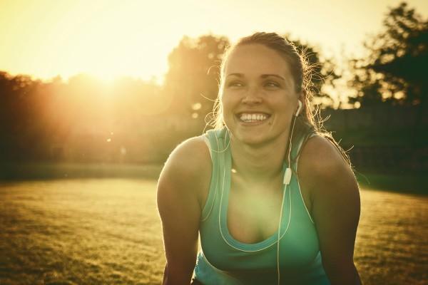 tumblr_static_happy-woman-jogging-rgb-lr